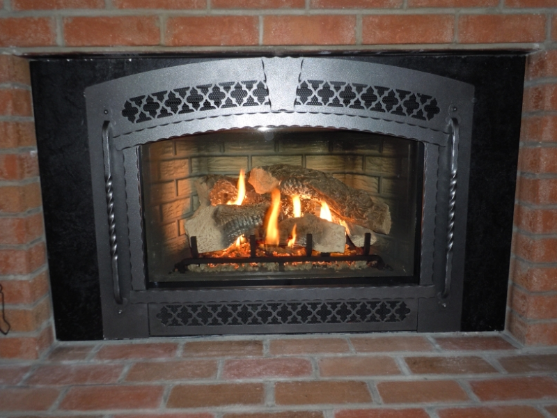 Fireplace inserts on Custom-Fireplace. Quality electric, gas and ...